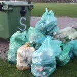 śmieci w workach